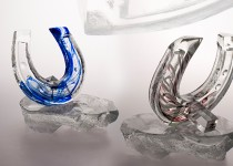 Horseshoe stiklo gaminiai
