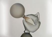 Blowing bubble    stiklo gaminiai
