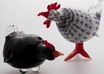 Hen on the eggs stiklo gaminiai