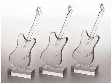 stiklo gaminiai Gitara