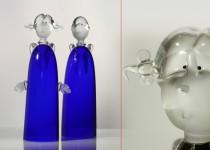 Berniukas ir mergaitė stiklo gaminiai